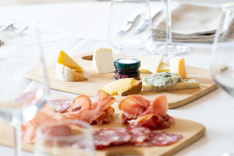 degustazione-di-vini-e-formaggi
